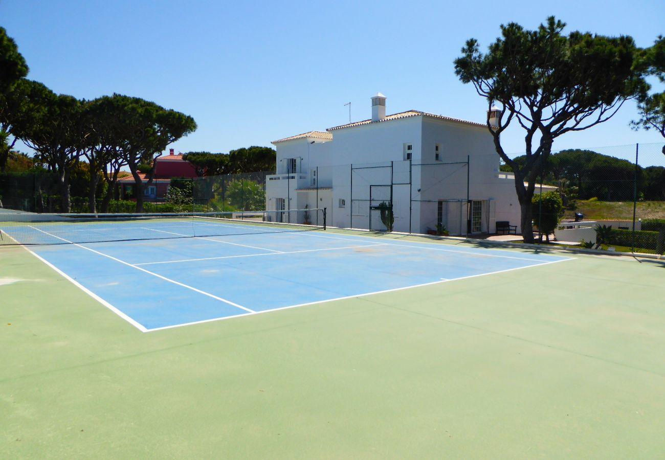 Villa in Quarteira - Fonte Santa CIP