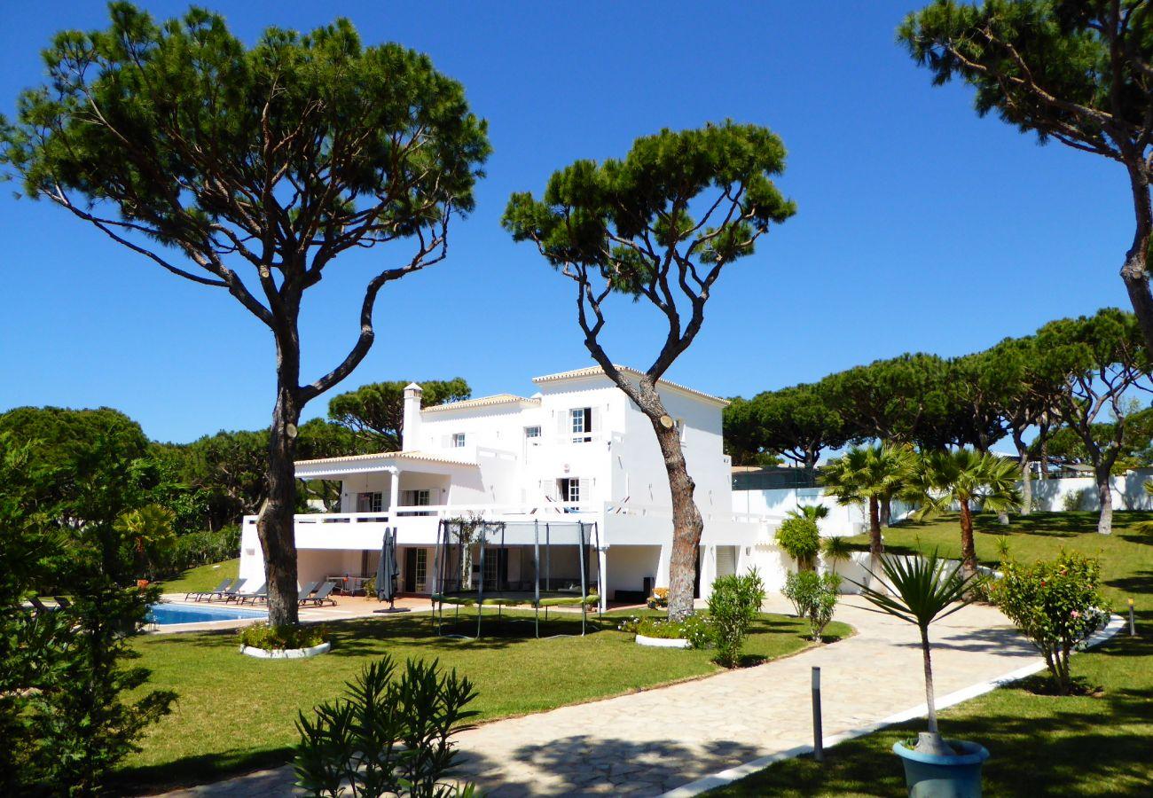 Villa em Quarteira - Fonte Santa CIP
