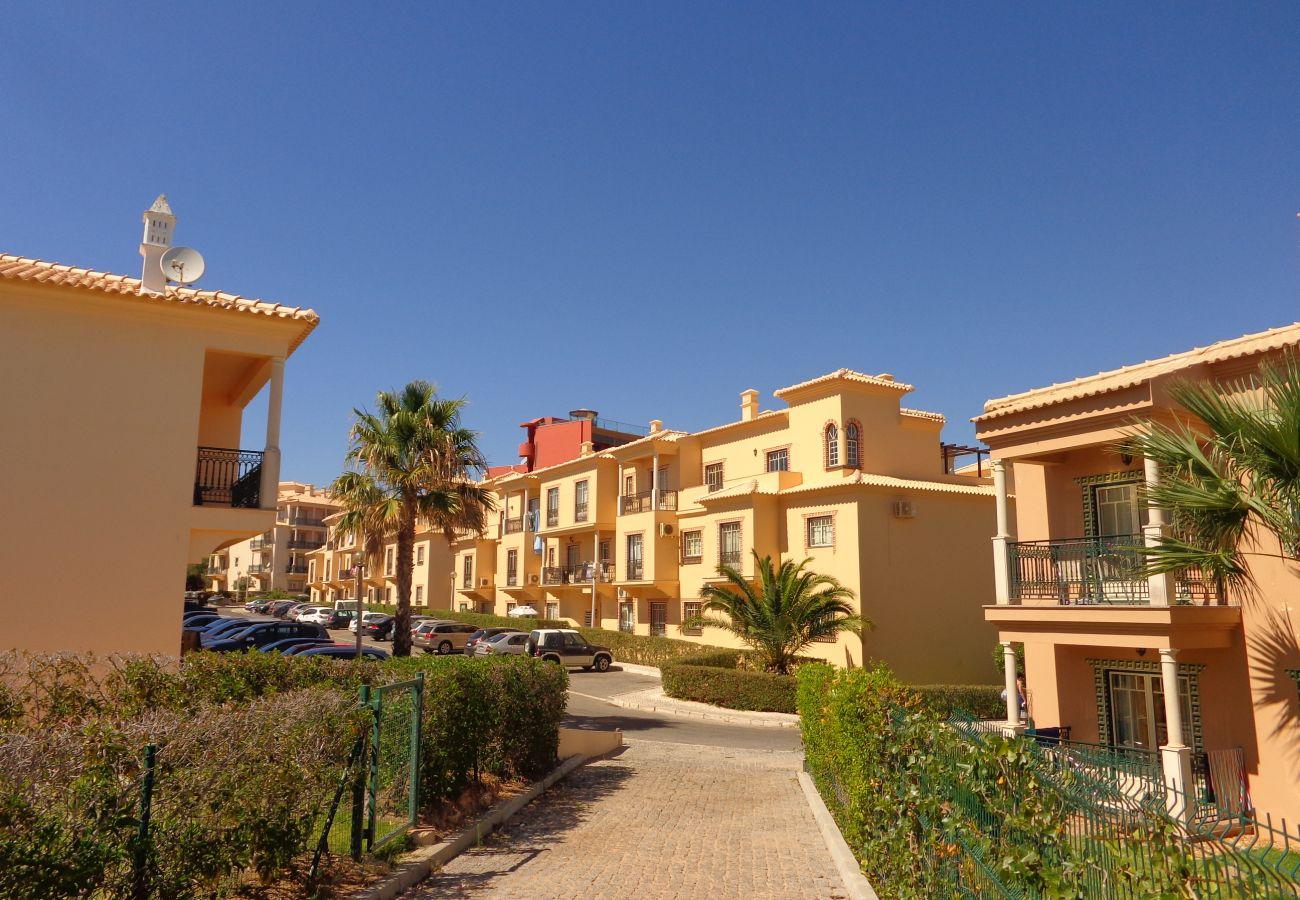 Apartment in Albufeira - Bicos 101 CIP