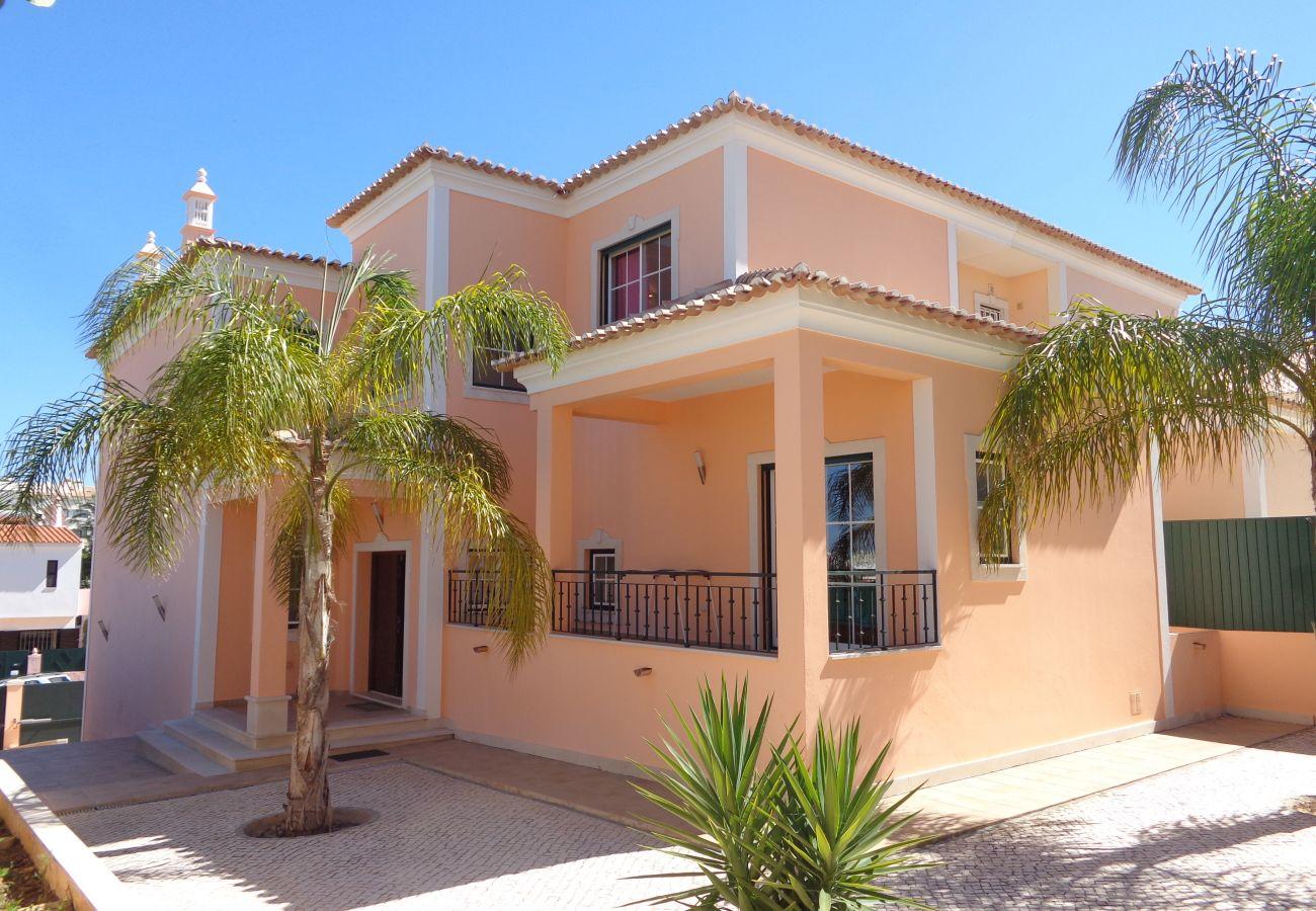 Villa in Albufeira - Globo CIP